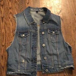American Eagle size Large distressed denim vest